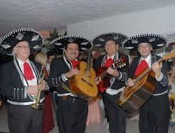 MUSICOS MEXICANOS MARIACHIS NO BRASIL