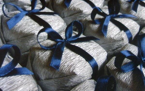 bem-casado-tradicional-prata-e-azul-lembrancinhas (1)