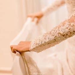 Vestido de Noiva todo em Renda e Cristais